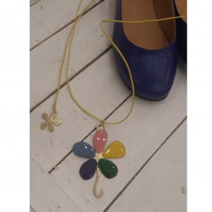 Enamel Daisy Necklace